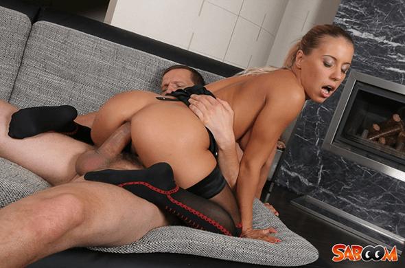 Kostenloses Arschfick Foto mit nackter Porno Blondine